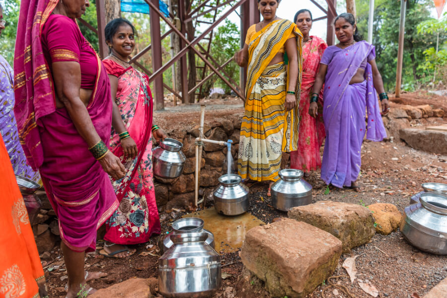 51 households in 2 villages receive drinking water directly everyday